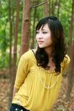азиатская девушка довольно стоковые изображения