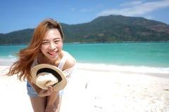 азиатская девушка пляжа Стоковые Фото