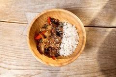 Азиатская еда подъема на таблице Стоковое Изображение