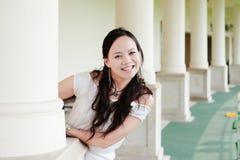 азиатская женщина зуба усмешки стоковые фото
