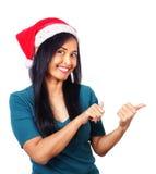 Азиатская женщина нося шлем Санта стоковые изображения rf