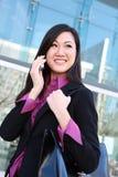 азиатская женщина телефона дела Стоковая Фотография