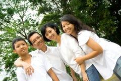 азиатская семья счастливая Стоковое Изображение RF