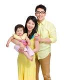 азиатская семья счастливая стоковые фото