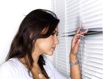 азиатская peering женщина теней белая Стоковое Изображение RF