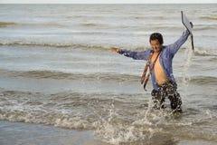 Азиатские бизнесмены стремятся при будучи деланными работа Стоковое Фото