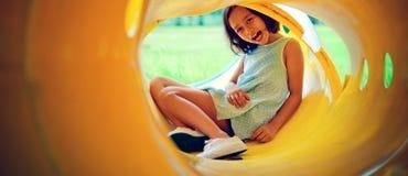 Азиатские дети счастье и счастливая концепция девушки Стоковое Изображение