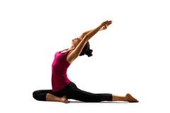 азиатские делая детеныши йоги женщины Стоковые Изображения