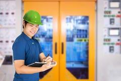 Азиатские инженер или техник Стоковое фото RF