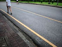Азиатский бегун Jogging в городе Central Park стоковое фото rf