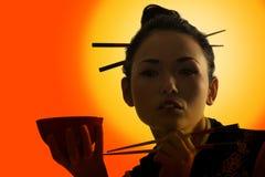азиатский заход солнца девушки Стоковые Изображения