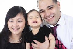 Азиатский портрет семьи в студии Стоковая Фотография RF
