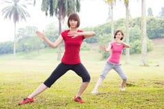 Азиатский практикуя хи tai внешний Стоковые Изображения