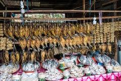 Азиатский рынок около Vang Vieng в Лаосе, Азии стоковое фото