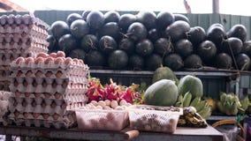 азиатский рынок плодоовощ fruits тропическо стоковые фото