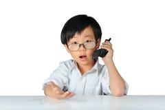азиатский удивленный показ выражения мальчика Стоковое Изображение