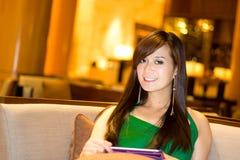 Азиатский усмехаться женщины Стоковая Фотография RF