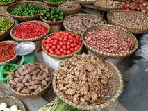 Азиатский уличный рынок овоща и плодоовощ Стоковые Фотографии RF