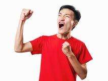 Азиатский футбол поклонника футбола тайских людей в красном isolat рубашки рукава Стоковое Изображение