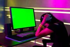 Азиатский gamer спорта кибер девушки стоковые изображения rf