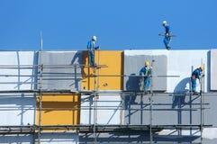 Азиатское scraffold рабочий-строителя, строительная площадка Стоковое фото RF