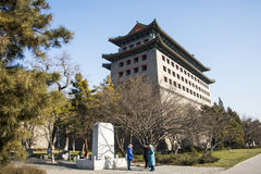 Азия Китай, Пекин, династия стены Ming губит парк, башенки стоковая фотография rf
