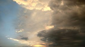 Азия baikal заволакивает взгляд грозы России olkhon озера острова Стоковая Фотография RF