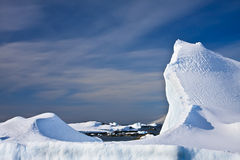 айсберг Антарктики огромный стоковое изображение rf