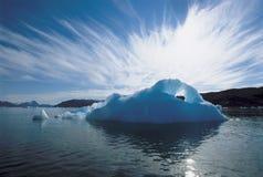 Айсберг и вода Стоковая Фотография