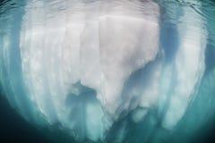 Айсберг над и под Стоковые Изображения RF