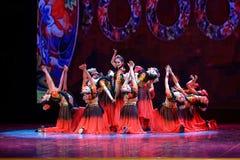 Академии танца Uygur танца ` s детей испытания розовой Пекина сортируя выставка Цзянси достижения выдающего уча стоковые изображения rf