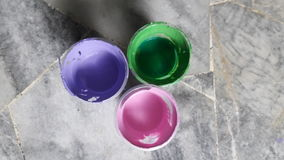 Акрил в пластичных чашках стоковое изображение