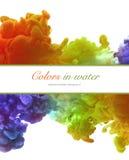 Акриловые цвета и чернила в воде абстрактная рамка предпосылки Стоковая Фотография RF