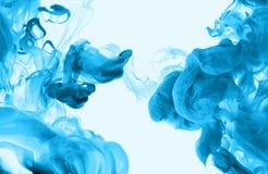 Акриловые цветы в воде абстрактная предпосылка стоковая фотография