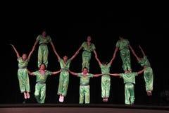 акробаты китайские стоковая фотография