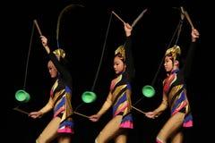 акробаты китайские стоковое изображение rf