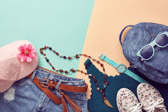 Аксессуары битника моды Стильное городское обмундирование Стоковое Фото