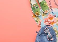 Аксессуары битника моды Стильное городское обмундирование Стоковое Изображение RF