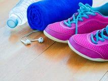 Аксессуары для идущих спорта и тренировки Стоковые Изображения RF