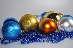 Аксессуары для украшать дом и рождественскую елку на рождество и Новый Год Стоковое Фото