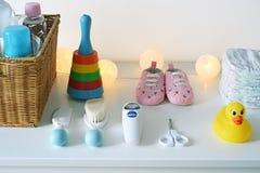 Аксессуары и вещество младенца стоковые изображения