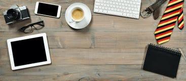 Аксессуары и устройства для человека Таблетка цифров, клавиатура, camer стоковые изображения