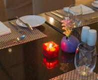 Аксессуары кухни и ресторана стоковое изображение rf