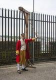 Актер играя роль гнусного предателя Роберта Лондона которому много верят должен быть повешен для предательства следовать его Стоковая Фотография