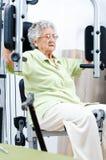 Активная старшая женщина Стоковые Фотографии RF