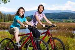 Активный велосипед людей Стоковые Изображения