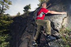 активный старший hiker Стоковая Фотография