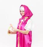 Актриса театра в костюме девушки в silk шали от сказки Стоковая Фотография RF