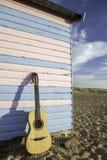 Акустическая гитара на каникулах Стоковая Фотография