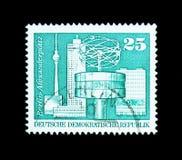 Александр \ 'место s, Берлин, конструкция в ГДР, большой формат Стоковые Изображения RF